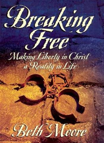 Picture of Breaking Free Leader Guide by Beth Moore